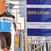 Rustdag in de Tour werd testdag: toch even bang afwachten of iedereen dinsdag aan de start staat