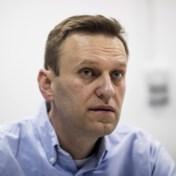 Aleksej Navalni, uit kunstmatige coma gehaald, reageert op prikkels