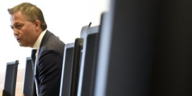Onderhandelaars moeten koortsig knopen doorhakken via video