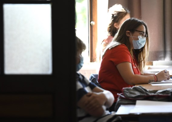 'Voer mondmaskerpauze in voor leerkrachten en leerlingen'