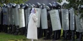 Honderden betogers gearresteerd in Minsk