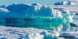 Groot stuk van Groenlandse gletsjer afgebroken