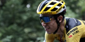 """Indrukwekkende Wout van Aert rijdt Bernal bergop uit peloton: """"Toen ik hoorde dat Bernal loste, kon ik nog even door blijven gaan"""""""