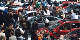 Aantal auto's daalt voor het eerst sinds WO II