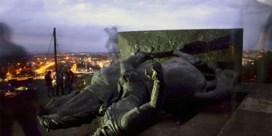 Inheemse betogers halen standbeeld neer van conquistador in Colombia