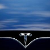 Tesla-bestuurder slaapt achter stuur zelfrijdende auto