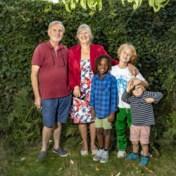 Knuffelen met je kleinkind, een graag genomen risico