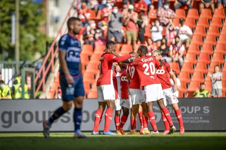 Jeugdig Standard maakt het zichzelf nog lastig, maar is maatje te groot voor KV Kortrijk en springt naar tweede plek