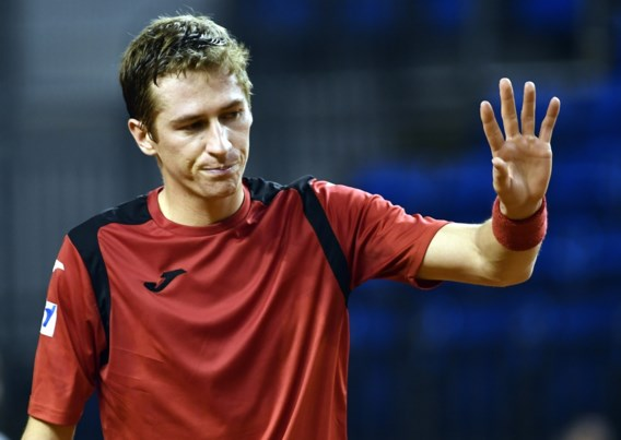 Kimmer Coppejans knokt zich naar tweede kwalificatieronde van Roland Garros