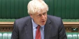Boris Johnson kondigt nieuwe coronamaatregelen aan: 'Misschien voor zes maanden'
