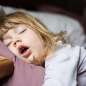 Waarom kinderen vanaf 2,5 jaar plots anders slapen