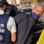 Vlaams Belanger Gerolf Annemans opgepakt na protestactie in Wetstraat