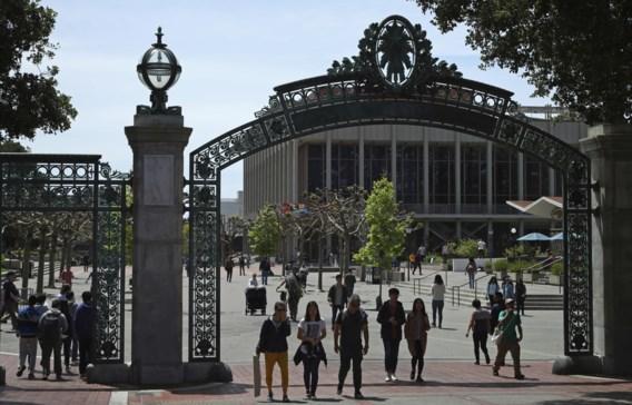 Amerikaanse universiteit liet 64 gegoede studenten binnen als 'wederdienst'