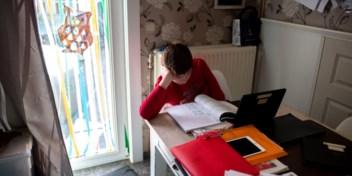 Leerlingen lopen door coronacrisis gemiddeld halfjaar achterstand op