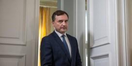 De autoriteit van de PiS-voorzitter contesteren, kan niet ongestraft