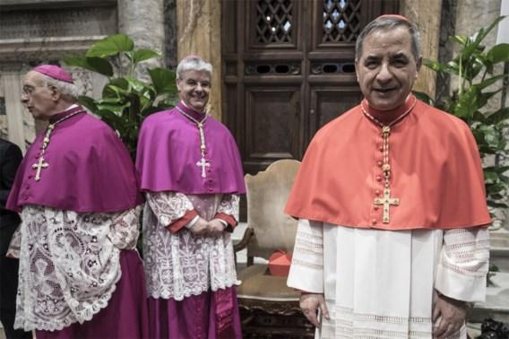 Kardinaal opgestapt na financieel debacle Vaticaan