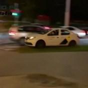 Taxichauffeur helpt betoger ontsnappen in Minsk