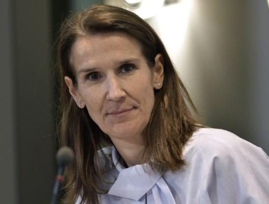 Wilmès slaat terug: 'Experts vertroebelen boodschap met hun kritiek'