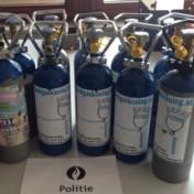 Antwerpse politie neemt 218 flessen lachgas in beslag