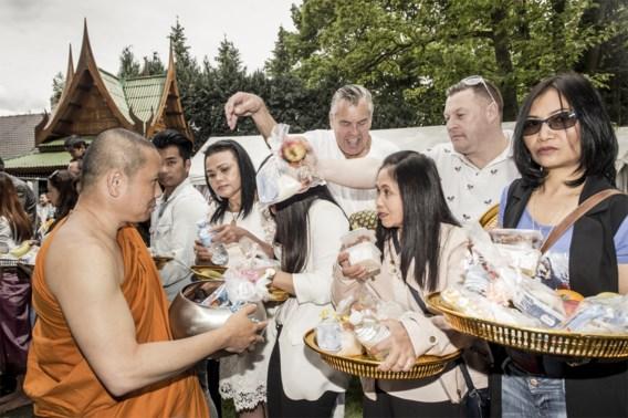 Boeddhisten blij met erkenning: 'Geld is oké, maar onze leer in de gevangenis is belangrijker'
