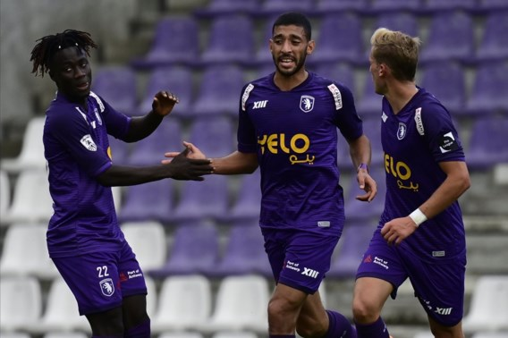 Beerschot maakt enkele uren voor match tegen AA Gent twee positieve testen bekend