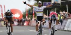 Brabantse Pijl: Alaphilippe klopt Van der Poel in sprint