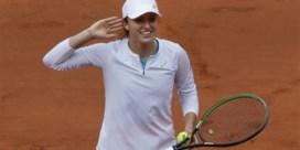Piepjonge Poolse zet steile opmars verder en bereikt voor het eerst finale Roland Garros