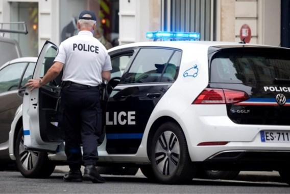 Twee agenten in burger mishandeld en beschoten bij operatie in Parijse voorstad