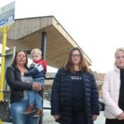 Kinderen langs drukke weg uit bus gezet na belletjetrek Fedasil-bewoners