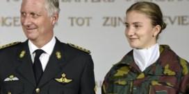 Koninklijke familie woont plechtige opening academiejaar van prinses Elisabeth bij