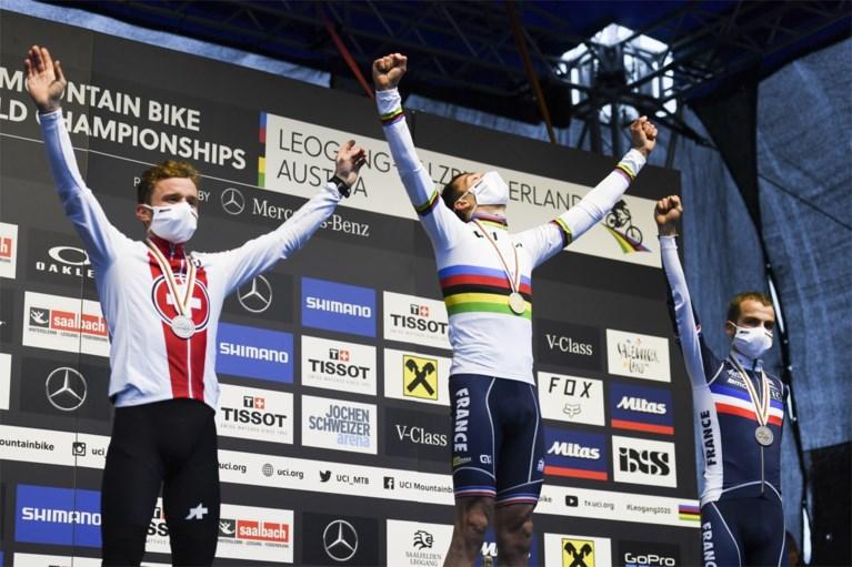 Geen negende wereldtitel in het mountainbiken voor Nino Schurter, wel de eerste voor Jordan Sarrou