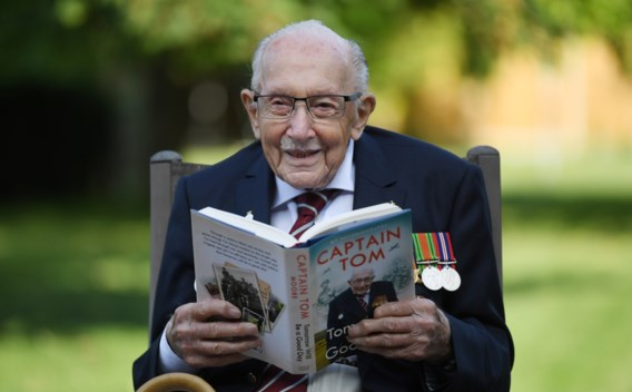 Verhaal van 100-jarige veteraan die miljoenen inzamelde wordt verfilmd