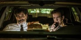 Wat een heerlijke komische acteur blijkt Koen De Bouw in 'Niets te melden'