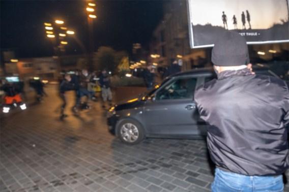 Bestuurder die inreed op betoging: 'We moesten vluchten nadat betogers ons eerst hadden aangevallen'