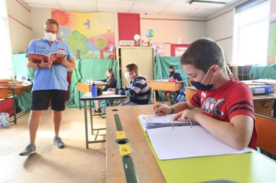 Scholen moeten naar code oranje schakelen: dit verandert er
