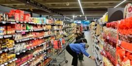 Delhaize en Colruyt sluiten winkels op vrijdag een uur vroeger door coronamaatregel