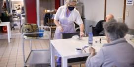 Brusselse rusthuizen laten nog twee bezoekers per week toe