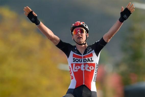 Sterke Tim Wellens sprint naar etappezege in vijfde Vuelta-rit