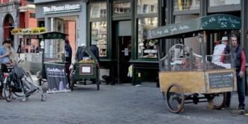 3.000 euro aan neuzekes onverkoopbaar omdat dief in kraam graait