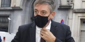 Jambon kondigt extra Vlaamse ministerraad aan die zich zal buigen over bijkomende coronamaatregelen