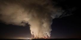 Polen stort zich in onzeker kernavontuur