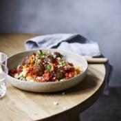 Linzen-gehaktballetjes met tomatensaus en knolselderijpuree