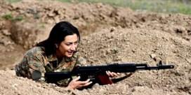 Armeense first lady trekt naar frontlinie