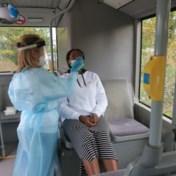 Eerste coronatestbus van UZA rijdt uit in provincie Antwerpen