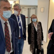 Frank Vandenbroucke emotioneel na bezoek aan Luiks ziekenhuis
