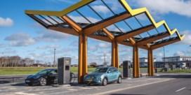 Snellaadstation geopend aan luchthaven van Oostende