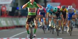 Roglic sprint zich naar rode trui in Vuelta