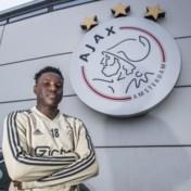 Wie we daar hebben: Hassane Bandé (ex-KV Mechelen) voor het eerst sinds januari weer aan de bak bij Ajax