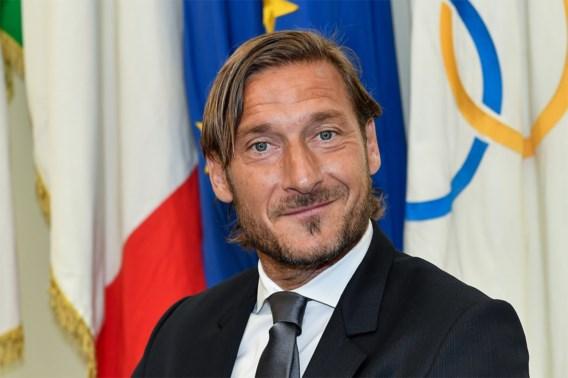 Francesco Totti test positief maand nadat hij papa Enzo verloor aan coronavirus