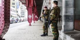 Militairen blijven nog zeker tot begin december op straat